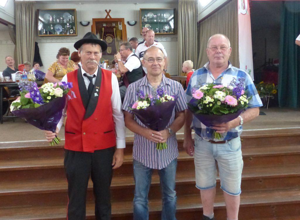 Huldiging jubilarissen 40 -50 jaar lidmaatschap van schutterij St. Andreas